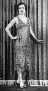 Flapper-Kleid im Ägypten-Stil