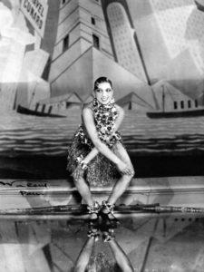 Josephine Baker tanzt Charleston