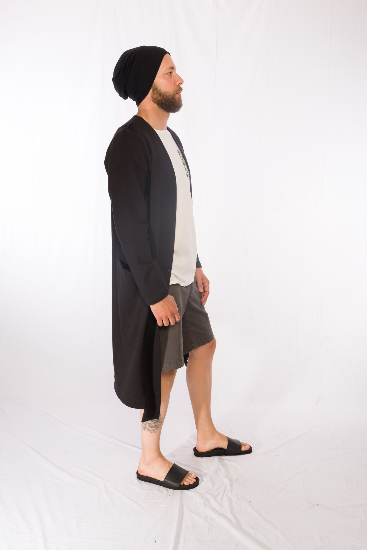 Shirt Aries _ Longcoat Juno _ Beanie Black