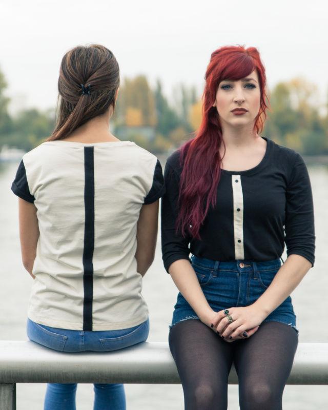 Legeres Shirt mit Knopfleiste